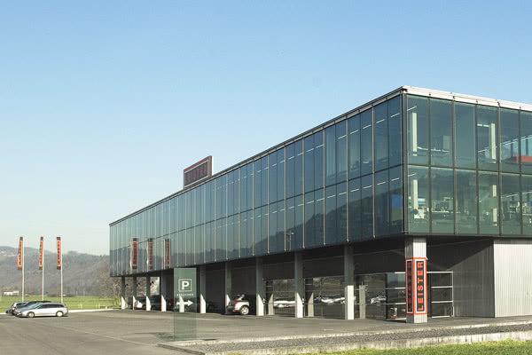 leister-siedziba-2-600x400