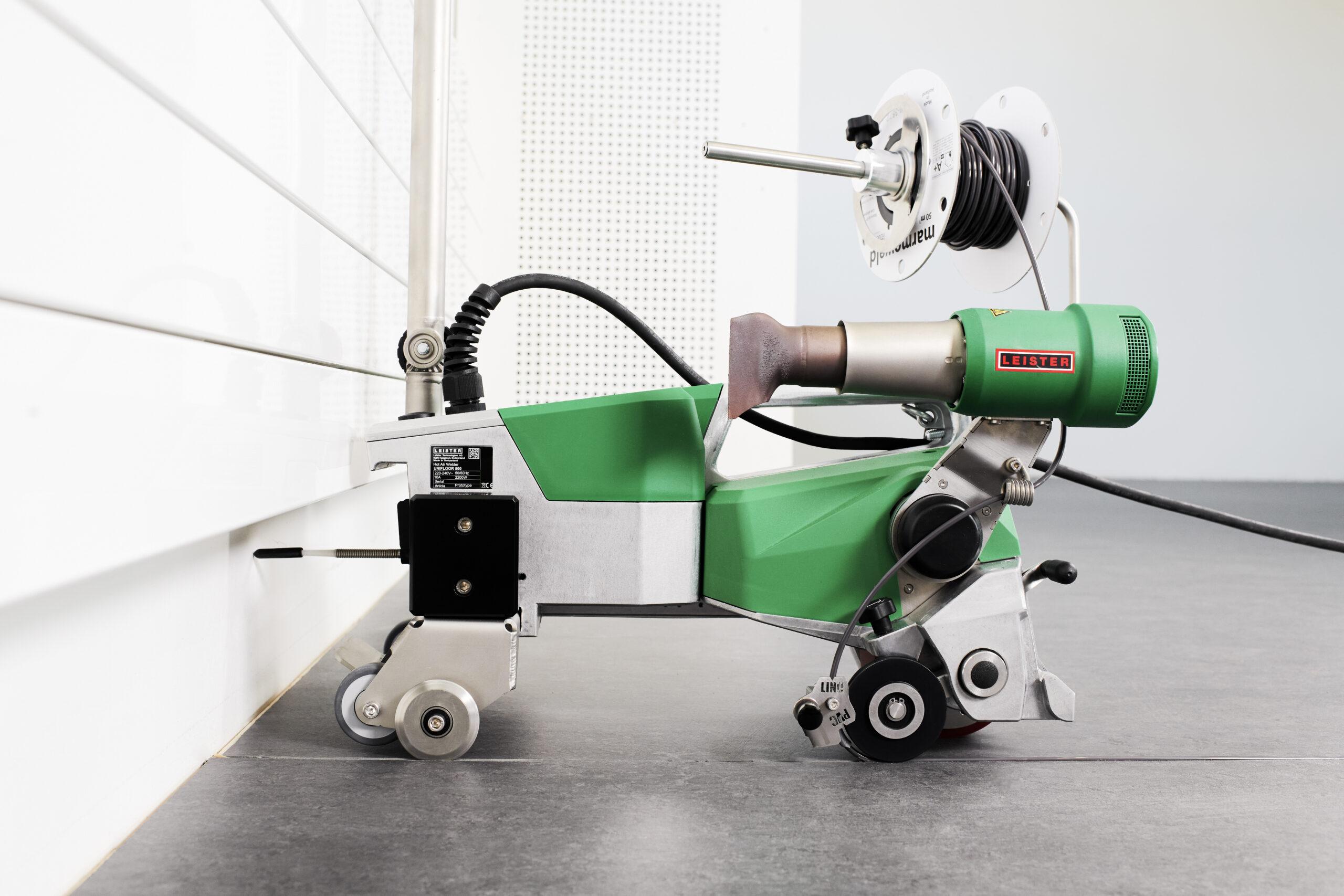 Automatyczne przerywanie spawania. Leister Unifloor 500.